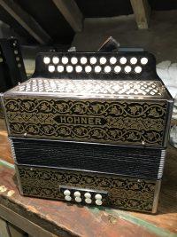 Hohner C/C# Pokerwork Melodeon